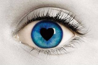 Awsome-blue-eyes-heart-love-favim-com-41888